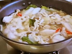 もこみち流 野菜と豚肉のエスニックスープ