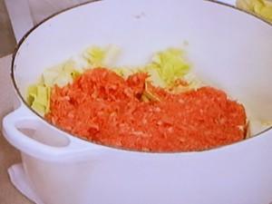 キャベツとひき肉の重ね煮