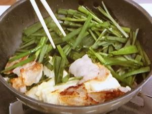 にらと豆腐の焼き炒め