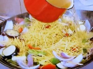 もこみち流 野菜のたくさん入ったパスタパエリア