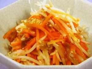 にんじんともやしの中国風サラダ