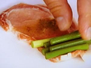 にんにくの芽の豚肉ロール巻き