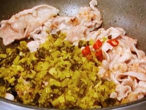 豚肉とそら豆の高菜炒め