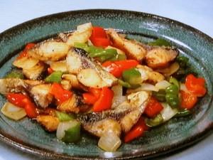 さばと夏野菜のピリ辛炒め