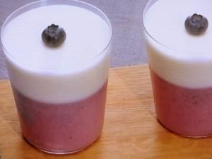 ブルーベリー&ミルクの2色ムース