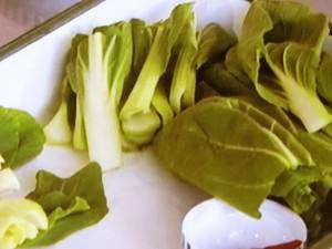 チンゲン菜と干しエビの炒め物