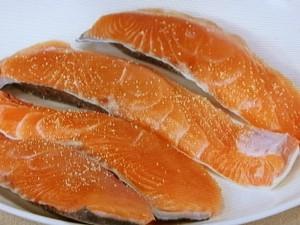 鮭のソテー きのこクリームソース