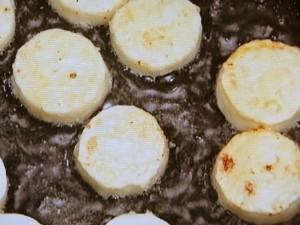 長芋とベーコンのソテー